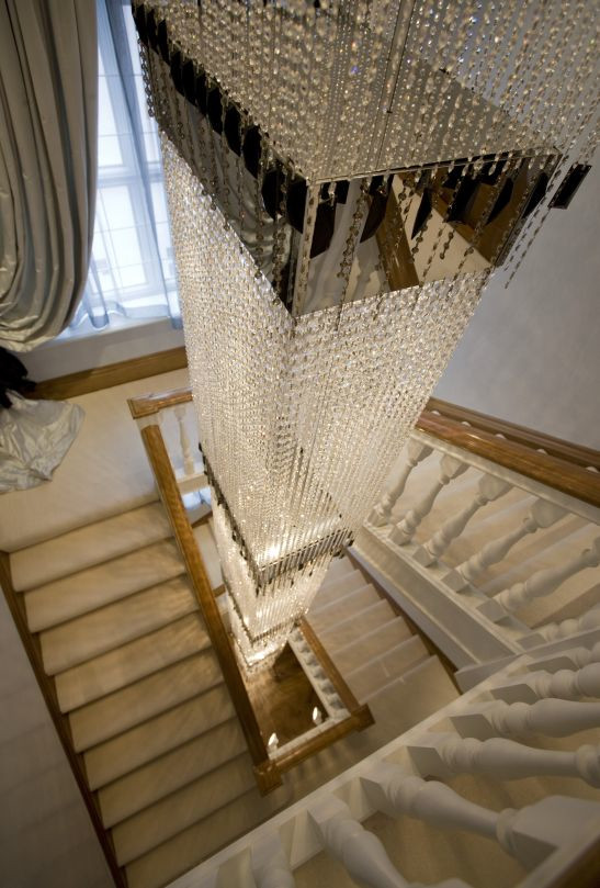 STAIRWELL CRYSTAL LIGHT SCULPTURE
