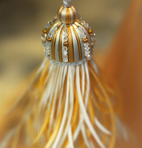 CROWN CRYSTAL TASSEL