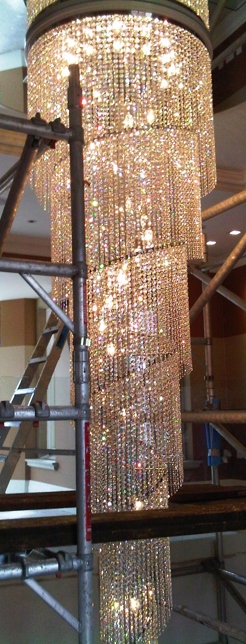 BESPOKE CRYSTAL SPIRAL LIGHT SCULPTURE