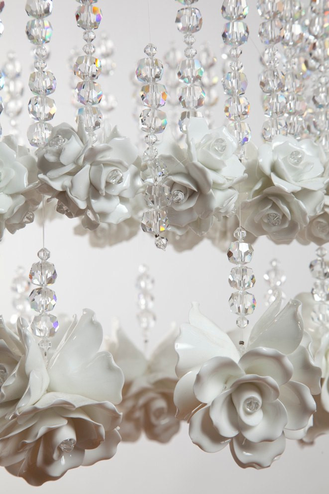 RAINDROPS AND ROSES CHANDELIER DETAIL