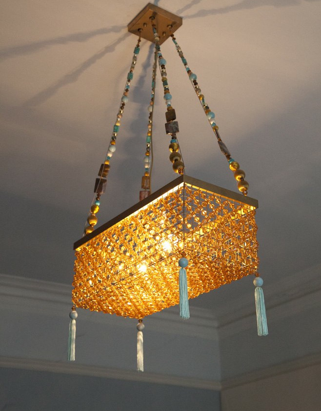 BEADED PENDANT LIGHT IN AMBER