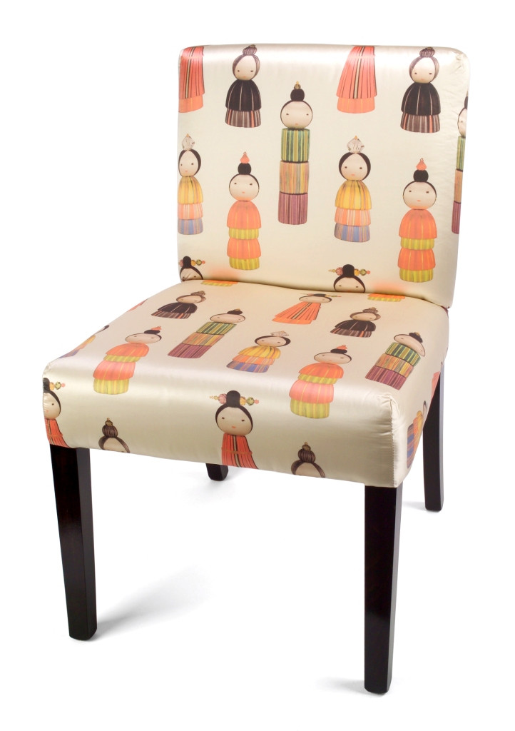 KOKESHI PRINTED SILK LONDON CHAIR